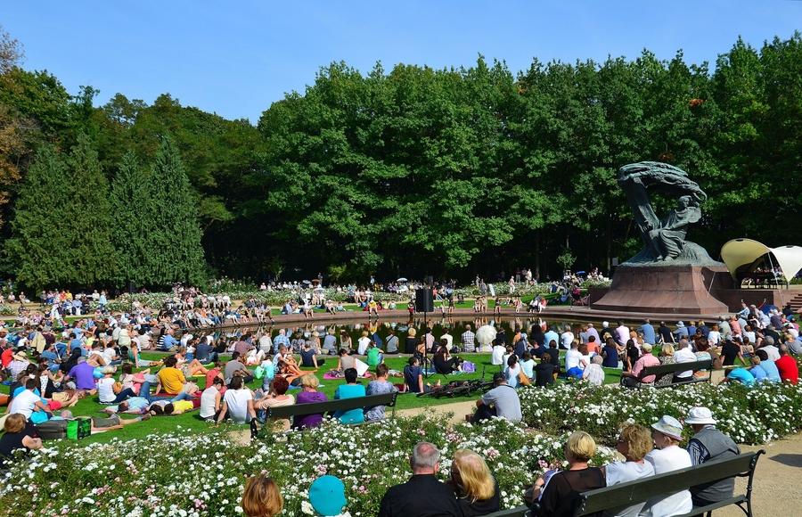 Lazienki Park Chopin Konserleri