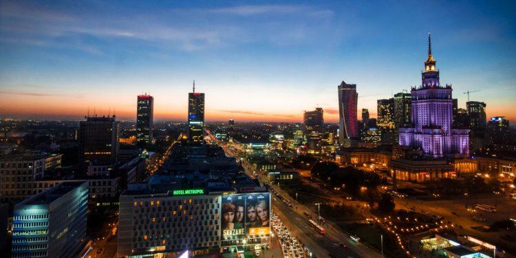 Varşova Merkezde Akşam Çekimi